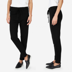 everlane-black-cashmere-sweatpant