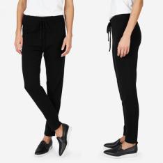 everlane-black-cashmere-sweatpant
