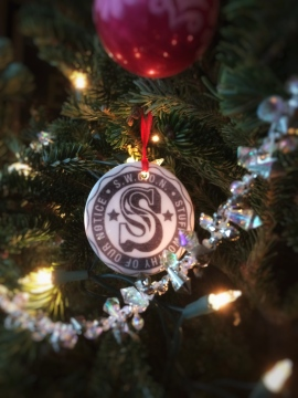 swoon-stamp-christmas-tree-ornament